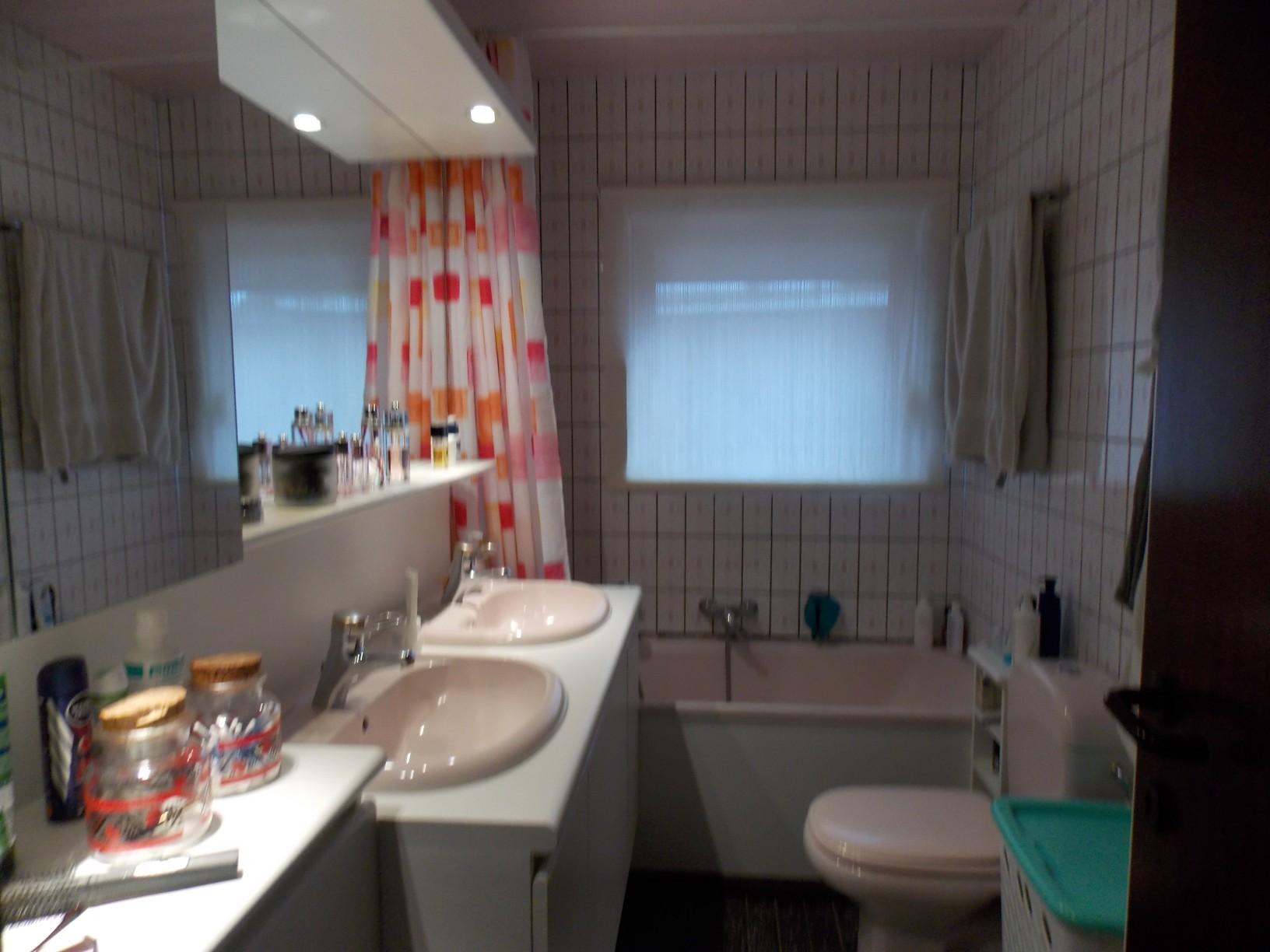 Paepens u2013 badkamer jaren 70 u2013 het bad diende te worden vervangen